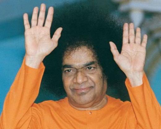 """Sathya Sai Baba said we should put a """"ceiling on desires"""". He also appeared  to be able to manifest physical objects out of thin air."""