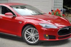 Tesla Model S 2013: Sporty 100% Electric Car