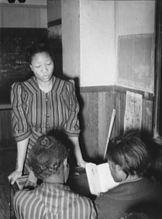 Blacks Learning in School, 1940