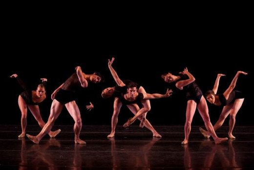 Contemporary ballet is different from classical ballet.