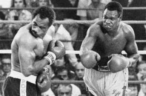 Larry Holmes won the heavyweight title in a stirring battle against Ken Norton on 1978. The bout was an explosive back and forth tilt and the 15th round was especially brutal.