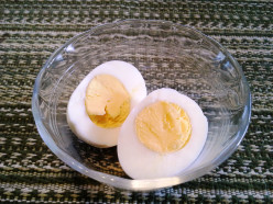 How to Easily Make Hard-Boiled Eggs