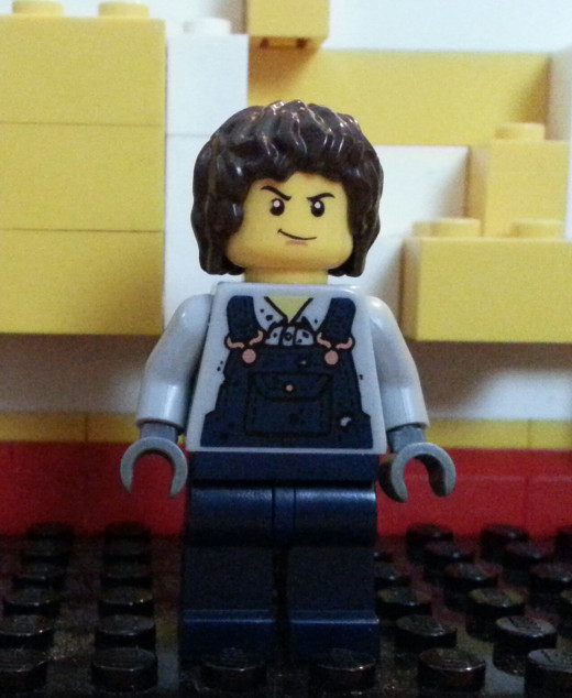 Is this character male or female? Just because a Lego figure doesn't have curves or long hair doesn't mean it's not a woman.
