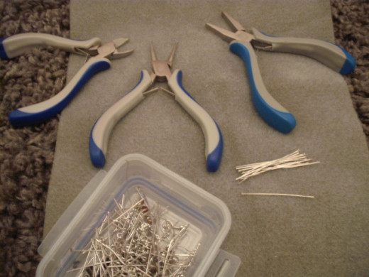 These basic pliers will enable you to make a huge variety of different jewellery.