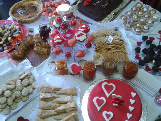 Home-made Valentine's Day pastries for your party
