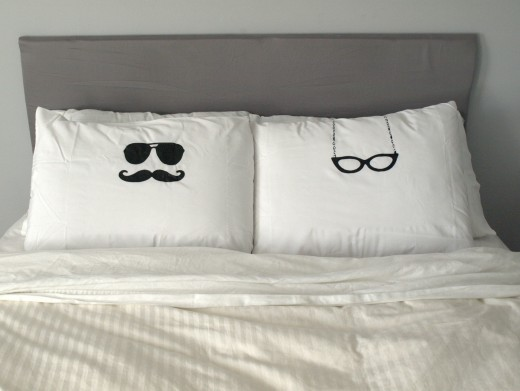 Original ideas for his and her pillowcase
