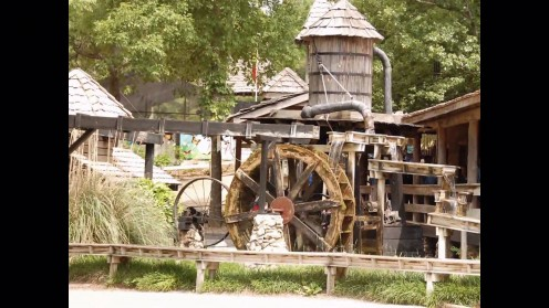 The park has many very old mills and other old time items.