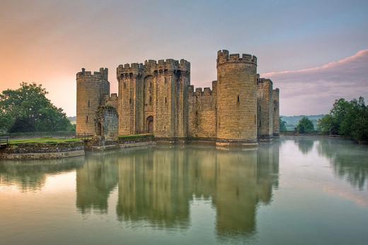 Bodiam Castle East Sussex England UK Wikicommons Antony McCallum