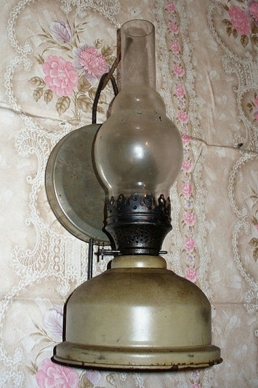 """Kerosene lamp on the wall"" by V. Jurov (VladimirZhV)"