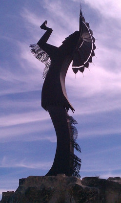 Statue to the Plains Indians in Wichita, Kansas.