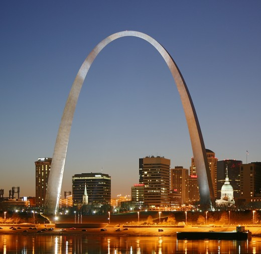 The Gateway Arch in St. Louis, Missouri is an inverted flattened catenary. (Wikimedia)