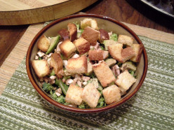Easy Peasy Homemade Garlic Croutons