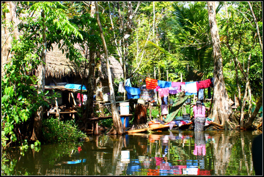 Life on the river. Wash day on the Rio Dulce