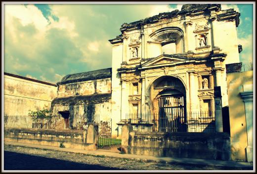 Old church next to the Spanish school, San Jose El Viejo
