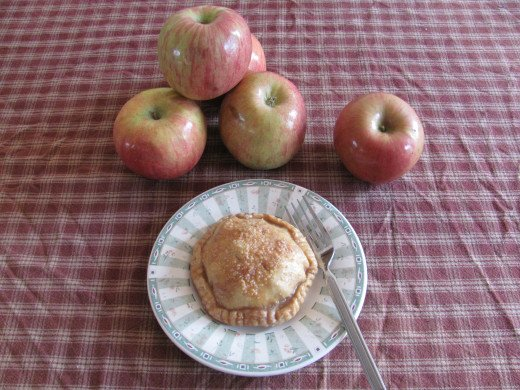 Mini Candy Apple Pie