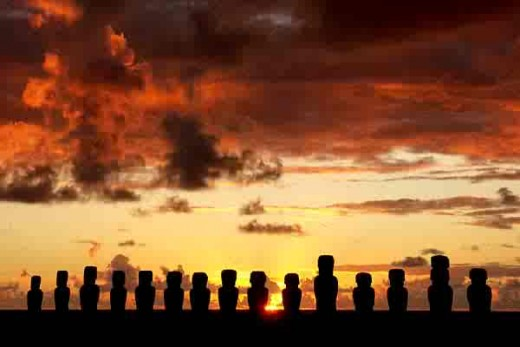 Moai can be in groups, or alone