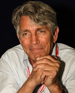 "Eric Roberts: ""My sister has an Academy Award, and I'm... the voice of a cat. Please kill me."""