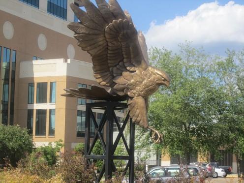 ULM Monroe - Warkawks emblem statue.