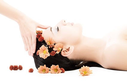 A spa massage and facial will help to de stress your body and increase the oxygen flow around your body. As a result your body will flush out toxins and your skin feel better and more toned.