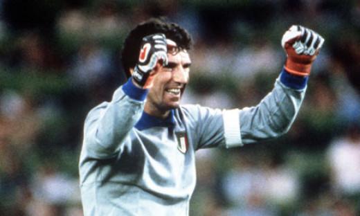 Dino Zoff with Italy