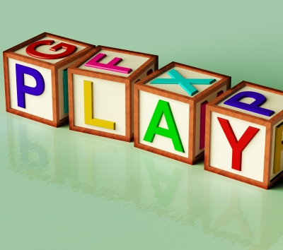 Play cubes that spell play