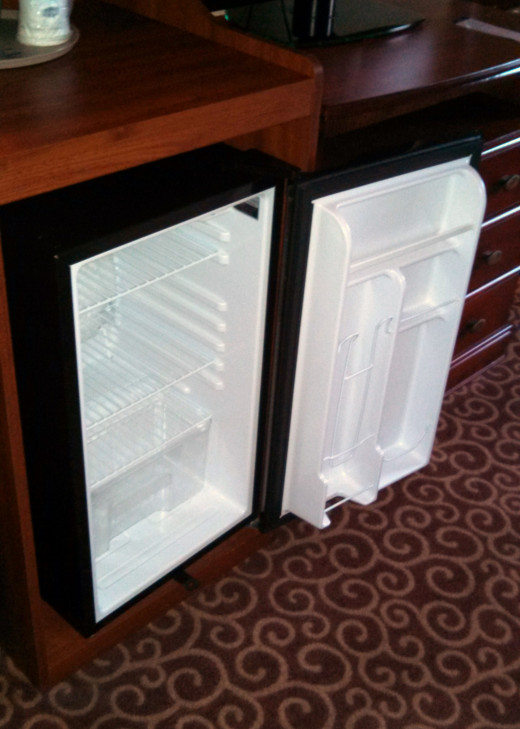 Use the Free Microwave and Refrigerator to Save Money at the Hotel