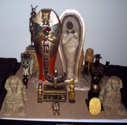 Mummy's Vault-custom made for Miniature people