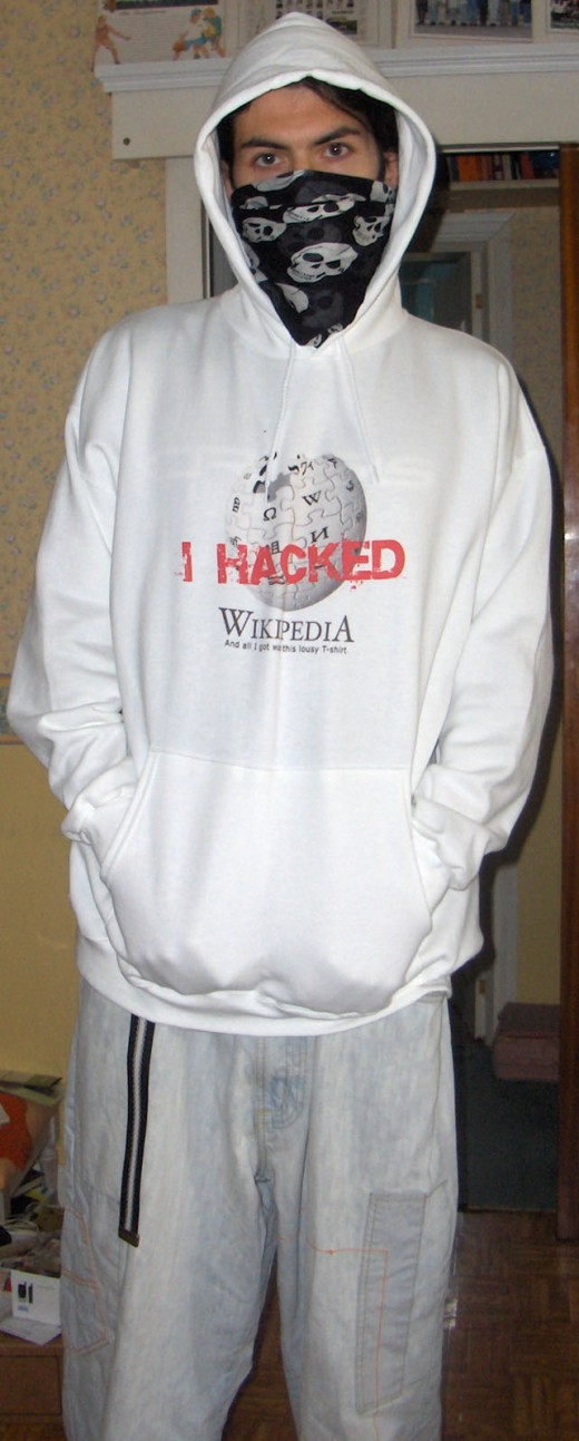 "Teen wearing ""I Hacked Wikipedia"" hoodie. Obviously a hoodlum! My god, look at that BANDANA!"
