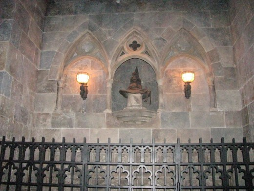 Encounter with the Sorting Hat in Hogwarts Castle