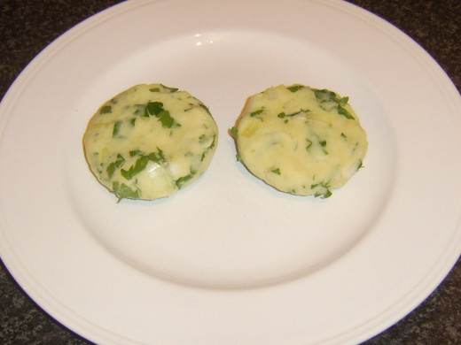 Formed potato cakes
