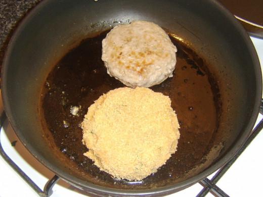 Frying pork burger and potato cake