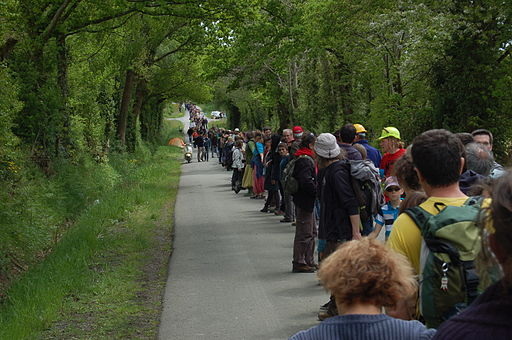 A section of the Human Chain, NDDL May 11, 2013