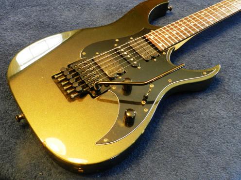 The Talon II has DiMarzio humbuckers, a Floyd Rose Original Bridge and a 24-fret fingerboard.