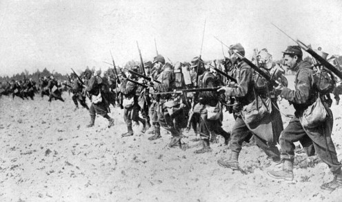 WWI: French infantry bayonet charge