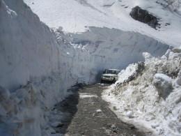 Way to Keylong at Rohtang pass