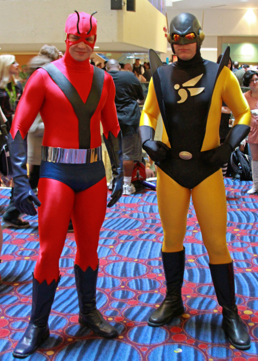 The guy on the left is Ant Man, the guy on the right is not the kind of Yellow Jacket we are concerned with here.