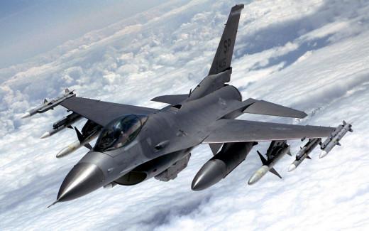 An F-16 in flight.