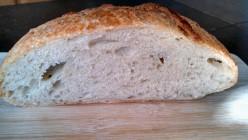 Breadbaking: No Knead Loaf