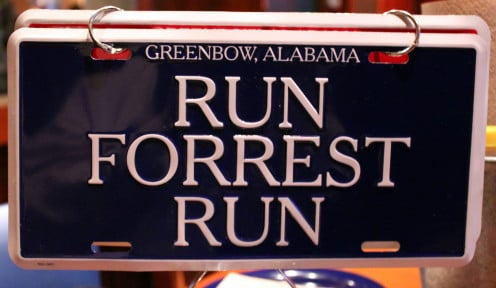 A sign in Alabama that refers to Forrest Gump.