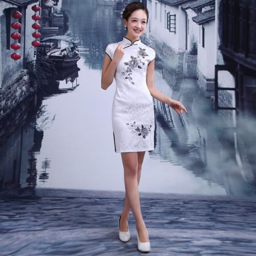 Classic Chinese Qi Pao