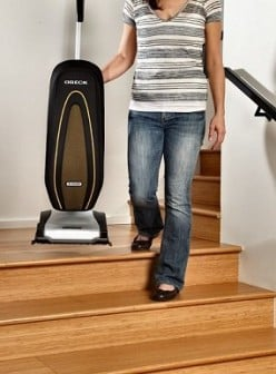 Oreck Insight Vacuum Cleaner Review : Best Buy or Nah?