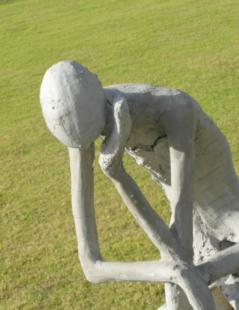 A thinkin staue by Ian L
