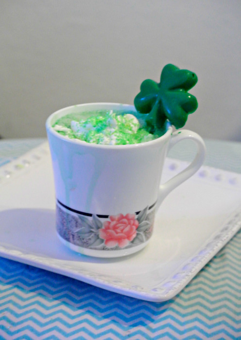 If you are in the mood for something hot or more of a breakfast drink, this hot shamrock cocoa may be perfect on the morning of St.Patrick's Day.