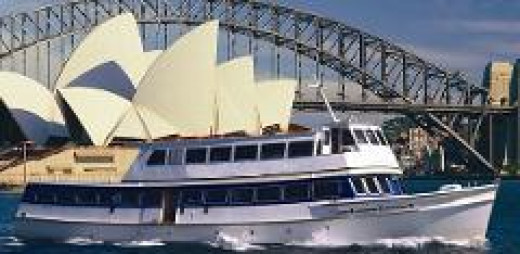 Cruise Sydney Harbour in style with your fellow bucks