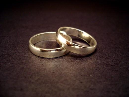 Wedding_rings-1...