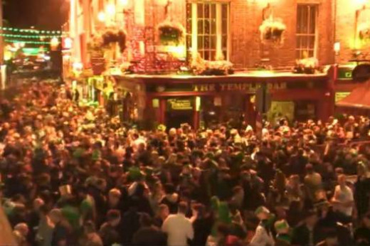 Temple Bar on St Patrick's Day 2014.  Photograph taken from Independant.ie