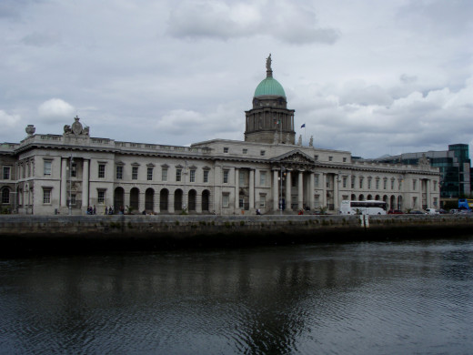 The Liffy River cuts through the center of Dublin.