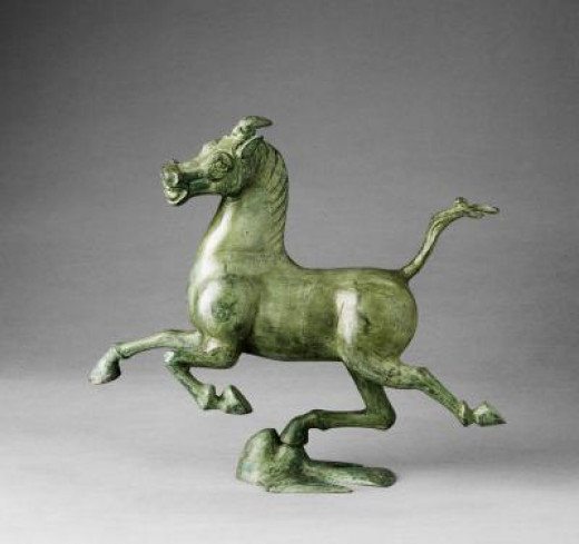 This beautiful bronze horse was made nearly 2000 years ago by skilled Chinese craftworkers.