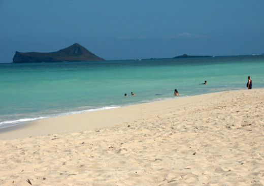 Small offshore islands are visible from Waimanalo including North Mokulua, South Mokulua, and Popoia Island also known as Flat Rock.