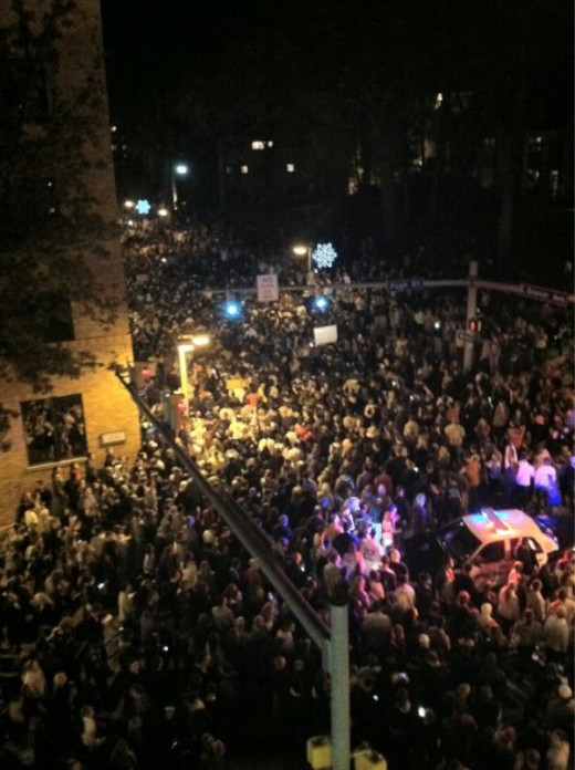Riot that erupted moments after PSU Board of Trustees announced Joe Paterno's firing.